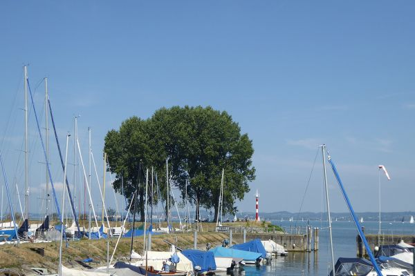 Walking along Lake Constance (Bodensee)