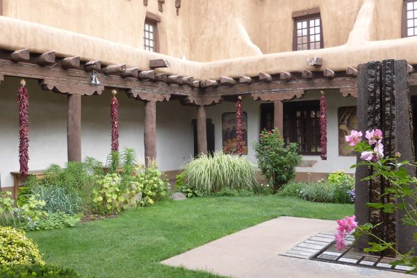 The pretty courtyard of New Mexico Museum of Art, Santa Fe