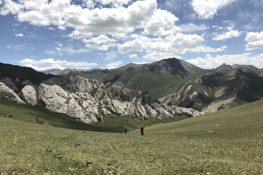 Kyrgyzstan Tash Rabat area walk