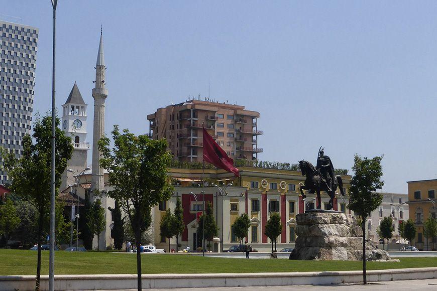 Tirana Skanderbeg
